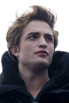 Edward Cullen (Robert Pattinson) | Twilight saga
