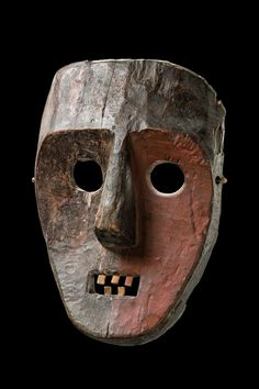Ituri mask, Democratic Republic of Congo / find out more details about our project, and confidentially register for possible inclusion, please go to our website: www. African Masks, African Art, Congo, Larp, Ceramic Mask, Art Premier, Head Mask, Statues, Art Sculpture