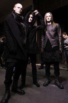 Backstage at Rick Owens Fall 2009 #fashion #avantgarde #dark #black  #trends #style #wearing #backstage #fashionweek