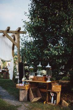 Khimaira Farm Wedding in Virginia Rustic Ceremony Details