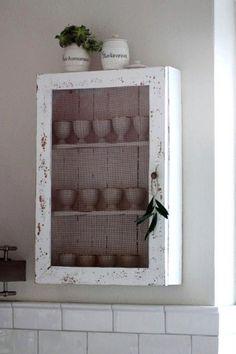 Love the mesh door :)