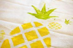 Linolworkshop #linoldruck #linolschnitt #diy #selfmade #handmade #pineapple #fruits #print #jutebeutel #paapercraft #stamping #köln #workshop