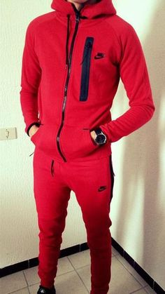 Nike Tech Tracksuit, Nike Tech Suit, Nike Jogging Suits, Red Tracksuit, Polo Shirt Outfits, Joggers Outfit, Nike Outfits, Estilo Nike, Nike Tech Fleece Windrunner