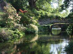 OFFICAL SITE FRC - Garden of Ninfa - Caetani Castle - Gallery