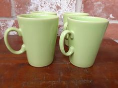 Green Coffee Mugs, Coffee Mug Sets, Mugs Set, Vintage Coffee Cups, Antique Glassware, Lime, England, Pottery, Ceramics