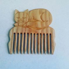 Гребень из дерева Wood Comb, Wooden Ornaments, Bone Carving, Whittling, Scroll Saw, Hair Pins, Wood Crafts, Woodworking, Projects
