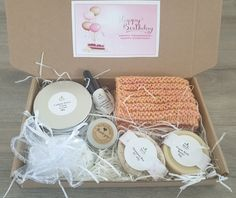 Vegan Spa Gift Birthday Gift Birthday Presents For Mom, Birthday Gifts For Girlfriend, New Mom Gift Basket, Vegan Deodorant, Handmade Soaps, Handmade Cosmetics, Coconut Soap, Solid Shampoo, Vegan Gifts