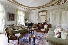 Parisienne apartment perfection..