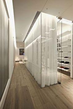 New Moderne begehbaren Kleiderschrank von Glas