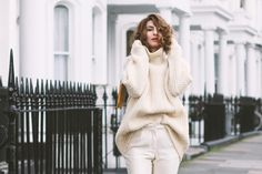 Dreamy, all white outfits have something a little bit out of this world about them. A magic vibe, a sense of luxury and sophistication no other color can provide. All White Outfit, White Outfits, Dress Up, Turtle Neck, Street Style, Stylish, Colors, Sweaters, Fashion