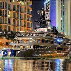 Checkout this mega yacht. This looks like a great place to party this weekend. What are your plans? @live.a.luxury.life #luxury #manstrav Tag us for a chance to be featured! @manstrav.official #menwithclass #manly #yachts #boats #yachtlife #superyacht #megayacht #sea #boatlife #yacht #billionaire #charter #vip #luxuryyacht #yachtclub #millionaires #travelrich #beautiful #motivation #money #luxurylifestyle #success #inspiration #bigboat