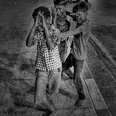 street photography by Photuwala'S for more info please log on to www.photuwalas.com
