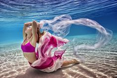 20 Totally Mesmerizing Underwater Yoga Photographs from Adam Opris