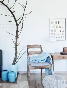 I do have a little obsession with branches and how about that ottoman?  Again, luvin it up.