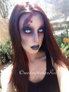 Pretty Girl Zombie makeup. Go zombie, but go beautiful. Win.