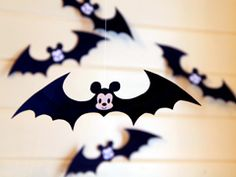 Mickey Mouse Halloween crafts and recipes and printables!