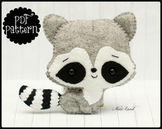 Cute raccoon PDF Pattern por Noialand en Etsy