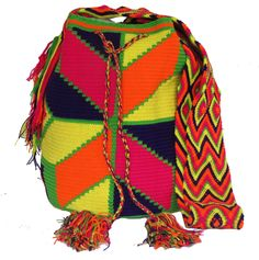 Buy Wayuu Bags Online-Colombian Bags Retailers and Wholesalers-Suscribe and Get 3 FREE Wayuu Bracelets with your first purchase! Light Pink Color, Dark Brown Color, Turquoise Color, Electric Blue, Online Bags, Handmade Bags, Psychedelic, Boho Fashion, Boho Chic