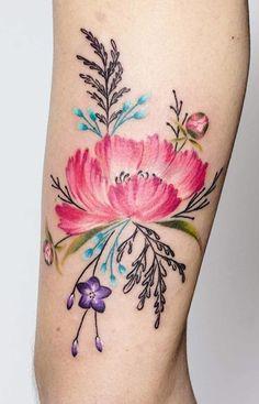 Valeria Fukunaga flower tattoo