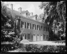 Hall House, New Iberia, Iberia Parish, Louisiana. Alternate title: Shadows on the Teche. Building/structure dates: Related name: Wm. Built by David Weeks. New Iberia, Louisiana Plantations, Hall House, Antebellum Homes, New Orleans Travel, American Houses, Architectural Photographers, Plantation Homes, Building Structure