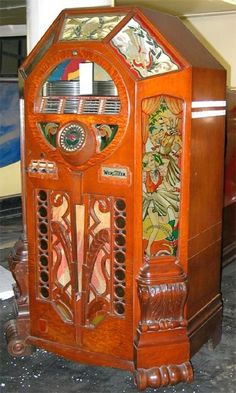 Wurlitzer Victory Jukebox produced during World War II, 1942-1945.