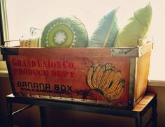 So happy to have finally acquired a vintage banana box #upcycled #upcycle #upcycling #antique #vintage #bananabox #bananacrate