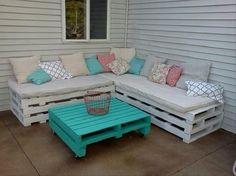 banco para la terraza con mesa celeste