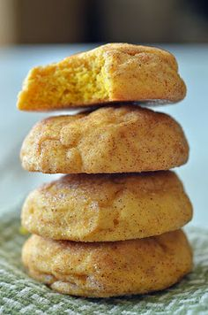pumpkin recipes worth trying...pumpkin snickerdoodle cookies!
