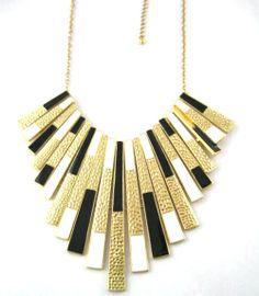 Trendy Zinc Alloy metal Short Design Choker Necklaces