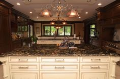 Great close up of the Sienna Brulee granite on the kitchen