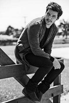 Pedro Pascal relaxes in a John Varvatos jacket and boots with an A. sweater and trousers. Pedro Pascal, Gorgeous Men, Beautiful People, The Fashionisto, John Varvatos, Celebs, Celebrities, Man Crush, Celebrity Crush