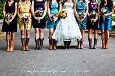 Love these wedding pics! Super cute colors and bridesmaid/groomsmen line up Wedding Pics, Wedding Blog, Wedding Engagement, Fall Wedding, Dream Wedding, Wedding Ideas, Wedding Things, Country Wedding Dresses, Country Weddings
