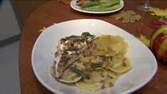 (KTVI) - Bonefish Grill offers a selection of fish species daily such as Chilean Sea Bass and Ahi Tuna as well as meat options such as wood-grilled Rib-Eye Steak with choice of signature sauce such as White Truffle Butter. Now fall is inspiring flavors!   Paul Bell shared this recipe with FOX 2.