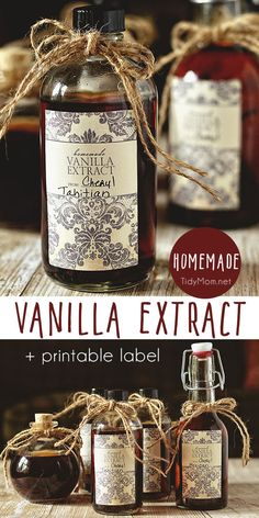 Make the best homemade vanilla extract in just a few minutes of hands-on time. The secret to making your own vanilla extract is using quality vanilla beans and a little patience. It makes a great homemade gift! Get all Homemade Vanilla Extract recipe + pr Vanilla Extract Recipe, Vanilla Recipes, How To Make Homemade, Homemade Gifts, Food To Make, Make Your Own, Make It Yourself, Homemade Seasonings, Homemade Spices