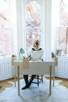 Oeuf Brooklyn Desk #oeuf #oeufnyc #brooklyndesk #desk #ecofriendly #birch #moderndesign #kidsroomdecor #kidsroominspiration #kidsdesk