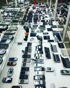 That's an impressive #collection!  #phones #mobile #cellphones #retro More: http://www.tweaktown.com