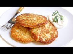 Драники - Powered by Potato Dishes, Veggie Dishes, Good Food, Yummy Food, Russian Recipes, Blue Food, International Recipes, Recipe Collection, Food Videos