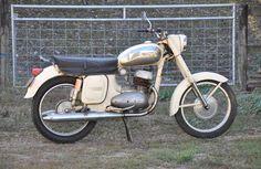 Jawa 350 Twin Frame no. Engine no. Vintage Motorcycles, Cars And Motorcycles, Yezdi Roadking, Jawa 350, Bike Ideas, Galaxy Wallpaper, Motor Car, Twins, Engineering
