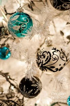 Junior League of Hamilton-Burlington's annual Holiday House Tour of Distinctive Homes is a not to be missed holiday event! Tis The Season, Holidays And Events, House Tours, Hamilton, Jr, Christmas Bulbs, Homes, Seasons, Holiday Decor