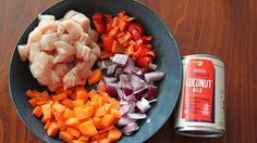 Náš recept: Kuracie na kari   VoSveteZien.sk Cobb Salad, Ale, Food, Ale Beer, Essen, Meals, Yemek, Eten, Ales