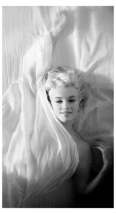Estilo Marilyn Monroe, Marilyn Monroe Kunst, Marilyn Monroe Photos, Marilyn Monroe Makeup, Classic Hollywood, Old Hollywood, Norma Jeane, Belle Photo, Movie Stars