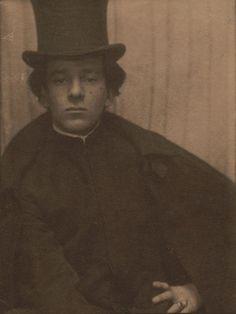 Portrait of Alvin Langdon Coburn by Gertrude Kasebier (1902)
