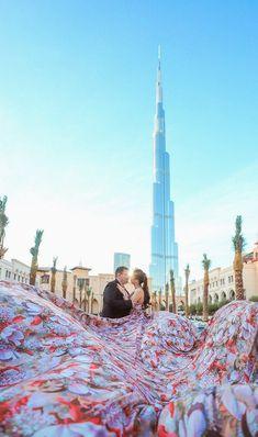 Burj Khalifa ~ Miklos & Bernadette with Glenn Richie Photos and Films Photography Photos, Couple Photography, Wedding Photography, Romantic Photos, Most Romantic, Pre Wedding Photoshoot, Photoshoot Ideas, Best Places In Dubai, Prenup Photos Ideas