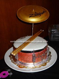 Drum cake for teenage boy' birthday Unique Cakes, Creative Cakes, Beautiful Cakes, Amazing Cakes, Cool Birthday Cakes, Birthday Ideas, 3rd Birthday, Drum Cake, Music Cakes
