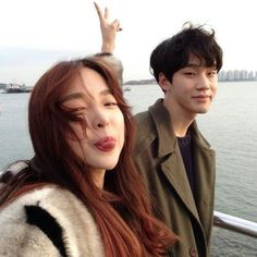 Image in Cute asian couples ❤ collection by Night Boy Best Friend Pictures, Boy And Girl Best Friends, Couple Pictures, Korean Couple, Korean Girl, Asian Girl, Ulzzang Couple, Ulzzang Girl, Cute Couples Goals