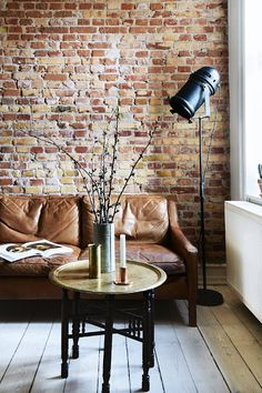 - Scandinavian Apartment With A New York Loft Feel is today news for you. This Danish apartment is decorated with traditional features of Apartment Interior, Apartment Design, Living Room Interior, Apartment Layout, Living Room Brick Wall, Apartment Ideas, New York Loft, Scandinavian Apartment, Danish Apartment