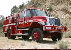 International  Wildland California Department of Forestry & Fire Protection Emergency Apparatus Fire Truck Photo