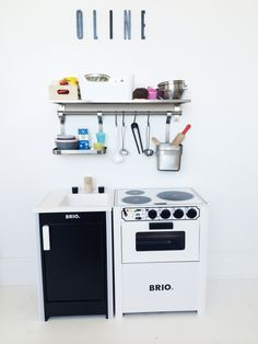 Brio stove and sink in black and white play kitchen | play ...