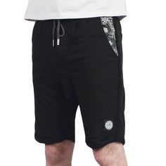 Sixth June - Pocket Bandana Short Noir/Black Leather Bandana http://www.urbanlocker.com/produits/22322-pocket-bandana-short-noir-black-leather-bandana/