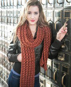 Knit Wool Scarf.